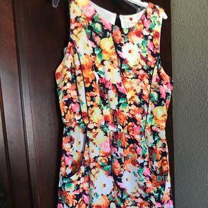 Dresses & Skirts - Bright Flowered Dress